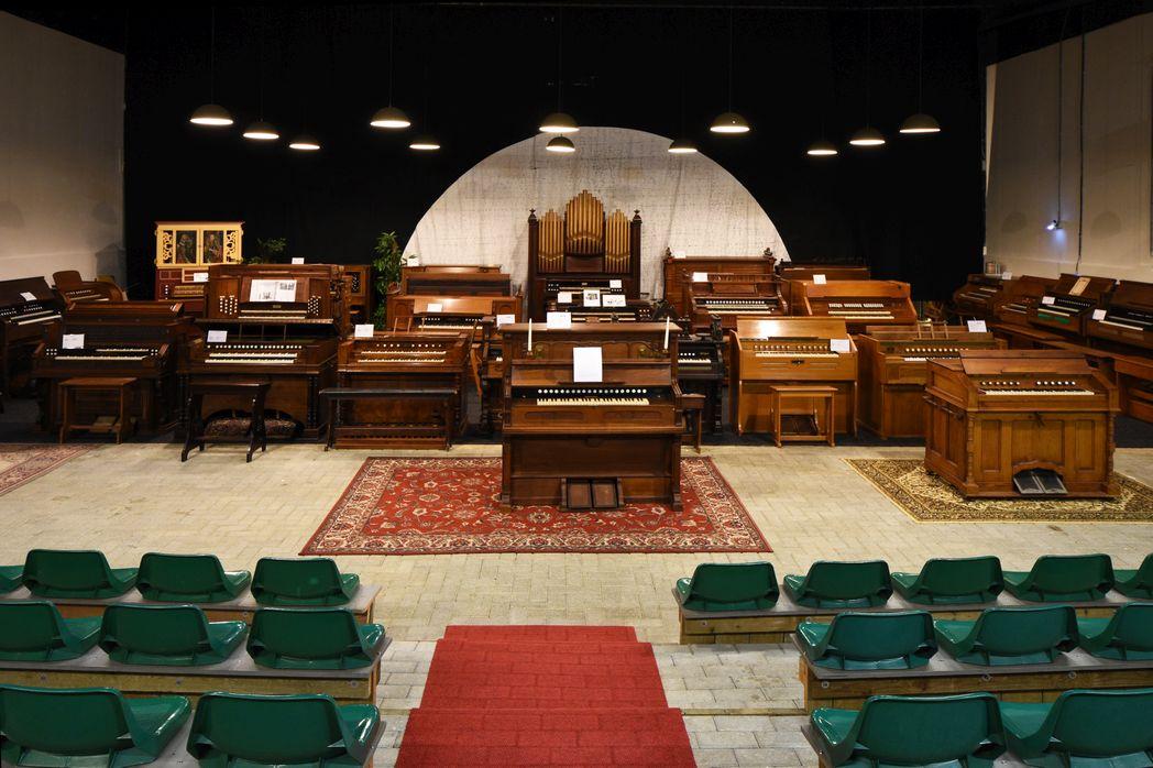 Concertzaal met expositie